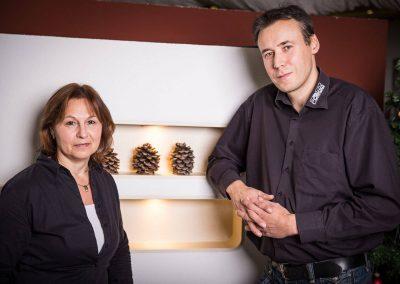 Cornelia Ritzmann und Michael Hoffmann sind Ihre Ansprechpartner im Kaminstudio vor Ort.